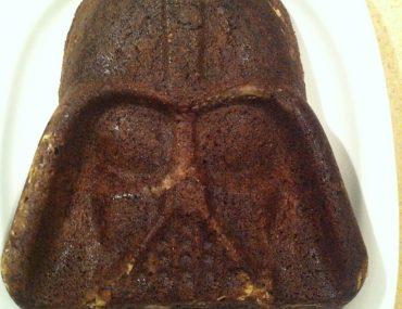 Schokoladenkuchen in Darth-Vader-Form