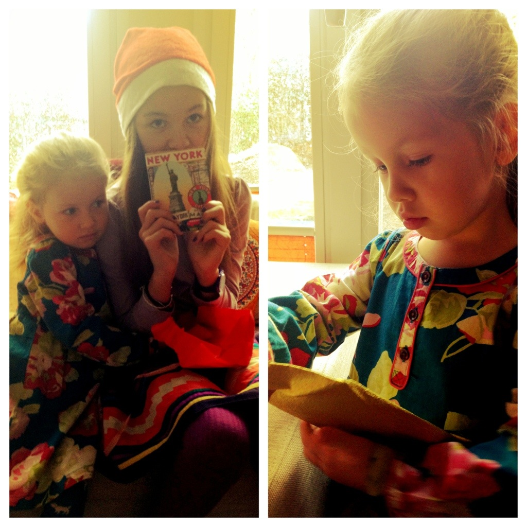 Badekonfetti und ein NYC-Notizbuch aus dem Adventskalender: erster Advent Mädchenstyle!