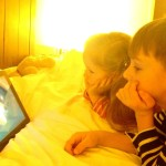 Kinderschutzsoftware, Mediennutzung, Medienerziehung mit Kindern, Fernsehen, Bildschirmzeit, Watchever, iPad