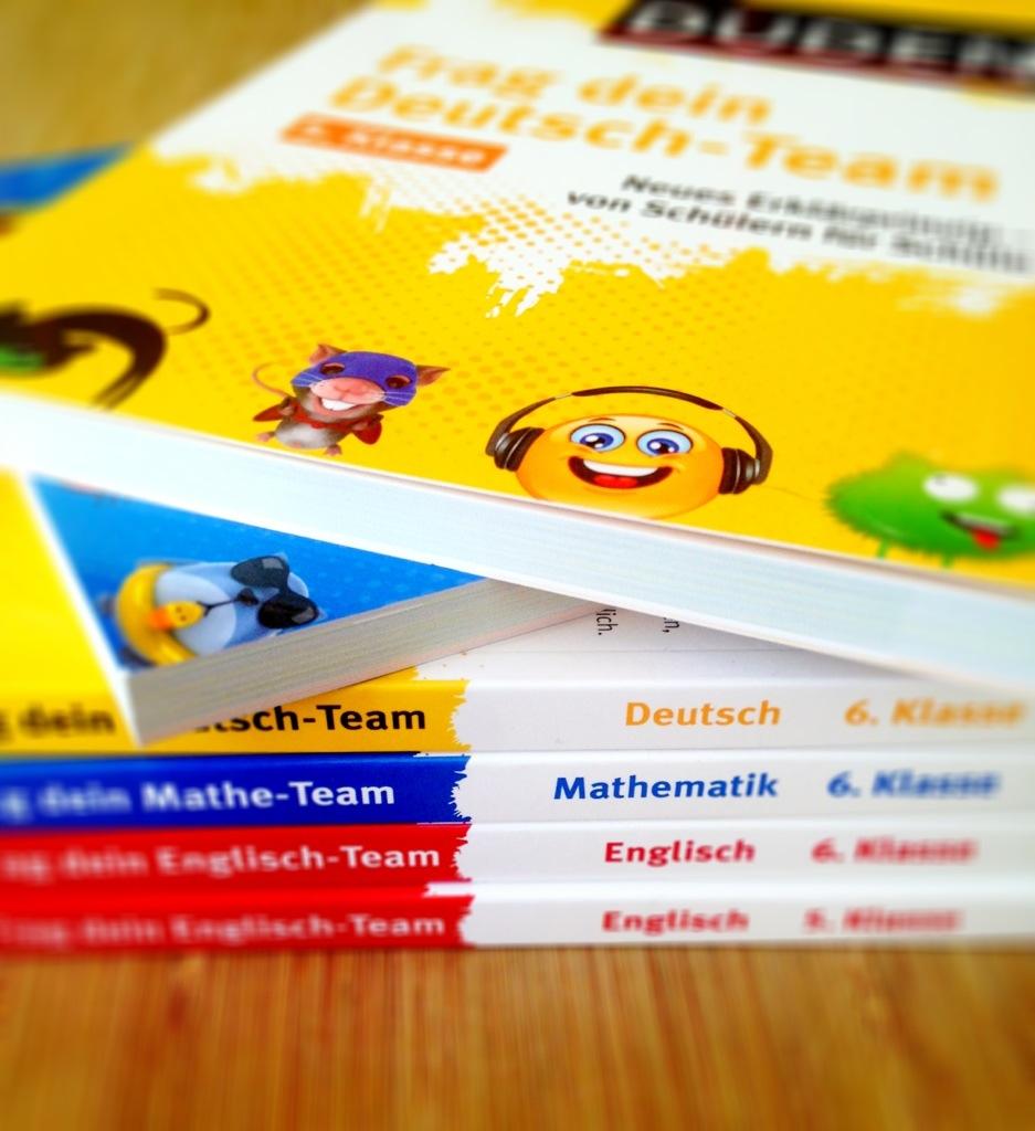 Frag dein Team: die Duden Lernhilfen mit dem neuen Erklärkansatz: Schüler coachen Schüler.