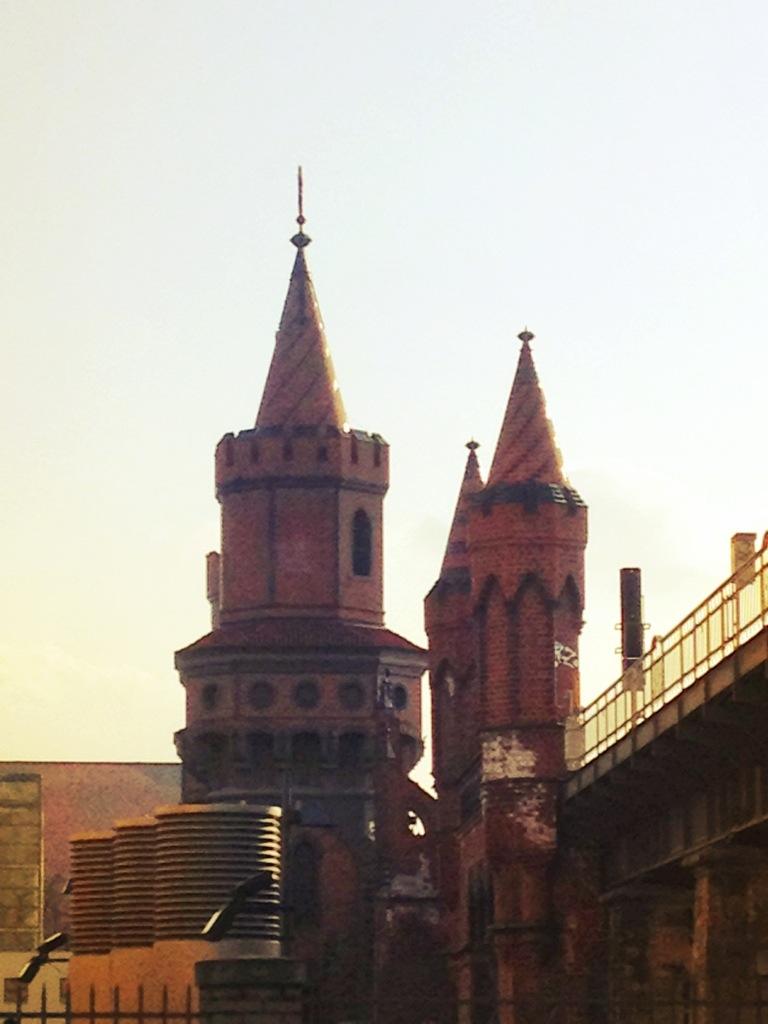 Beautiful Oberbaumbrücke - für immer eine meiner liebsten Berlin-Ansichten.