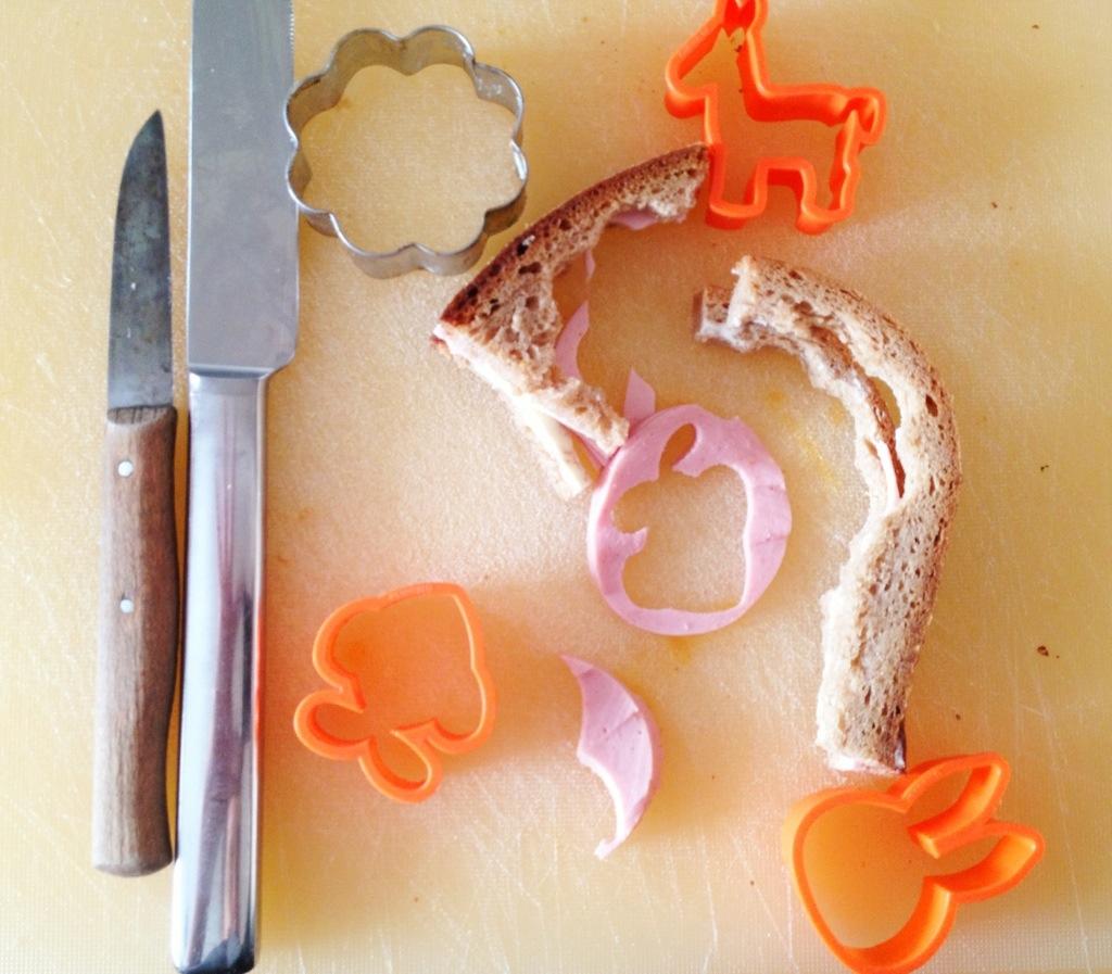 Das ist dann mein Frühstück: was vom Spielen mit dem Frühstück der Kinder übrig bleibt.