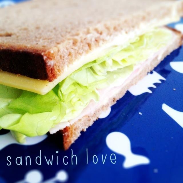 zwoelf-von-zwoelf_sandwich.jpg