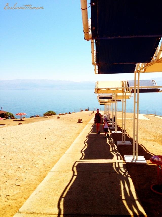 Abstieg ans Wasser, mit Kindern ans Tote Meer, Israel, Reisen mit Kindern