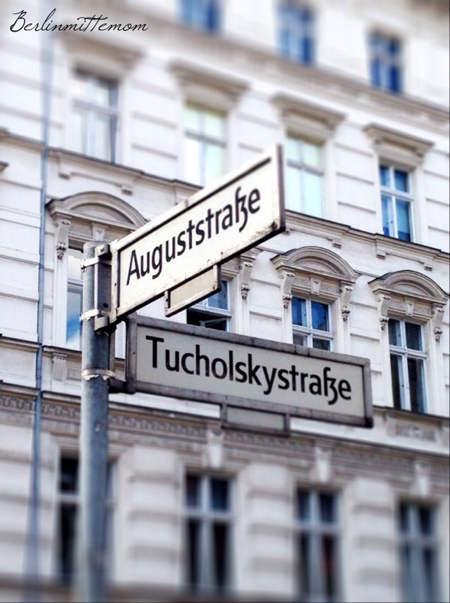 Spaziergang durchs Scheunenviertel, Auguststraße, Tucholskystraße