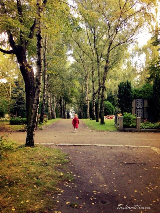 Streifzug, Friedhof, Berlin, Herbstspaziergang, Herbstfarben,