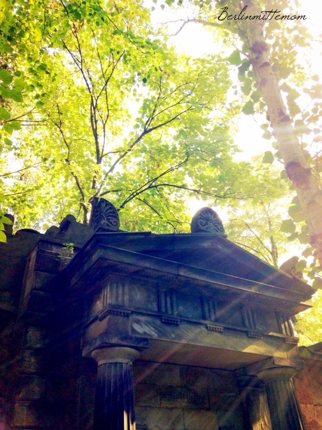 Streifzug, Friedhof, Berlin, Herbstfarben, Herbstlicht, Spaziergang