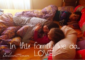 Familienbett, in bed with Berlinmittemom, Co-Sleeping