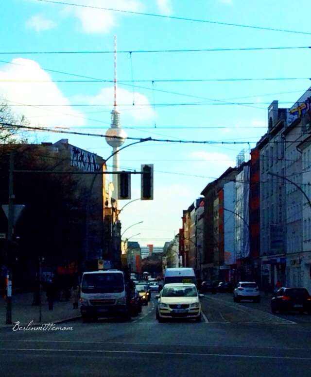 12 von 12 im Februar, perfect Berlin Skies, Fernsehturm, Berlin, Telespargel
