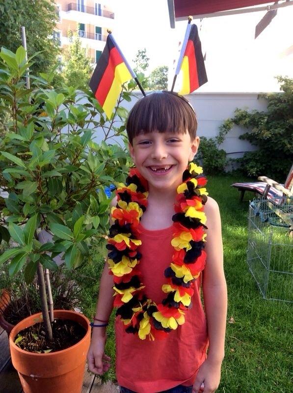 12 von 12 im Juni, 12v12, Draußen nur Kännchen, WM 2014, schwart-rot-gold