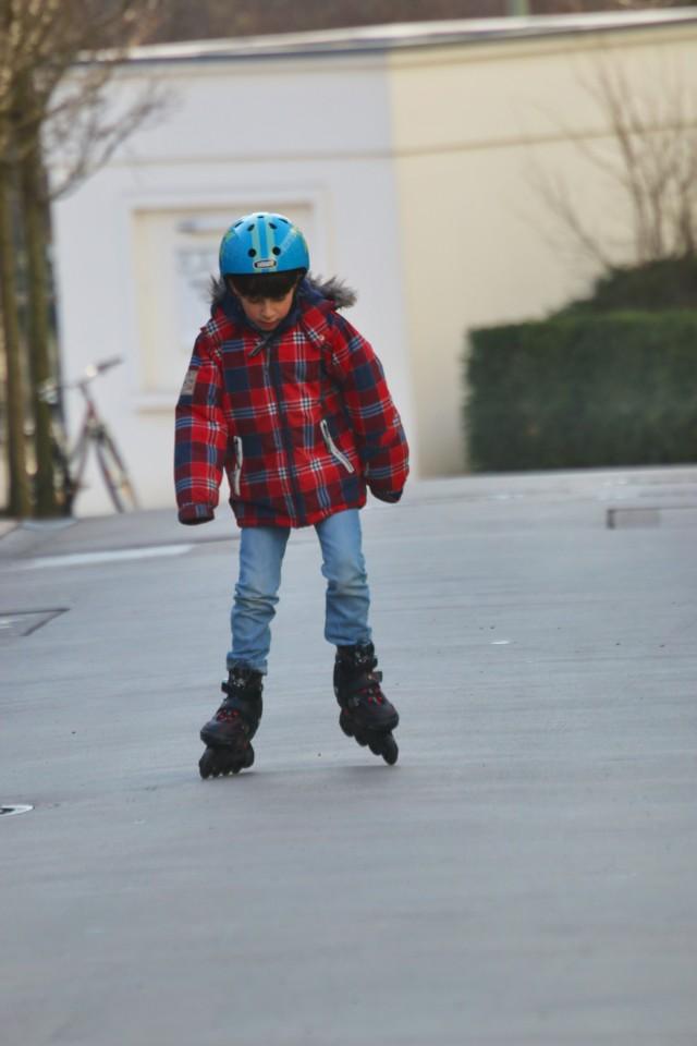 Sonntagsspaziergang, Sonne, Berlin, Familie, Berlinmittemom, Lieblingsbub, Inline Skates, Kinder, Berlinmittekids
