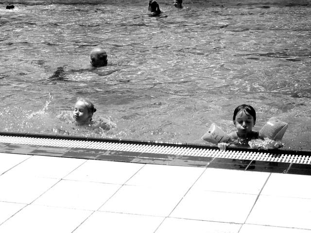 10 Gründe warum ich das Freibad hasse, Freibad, Sommerzeit, Schwimmbad, Bademeister, Kinder, Schwimmen lernen, Mamablog
