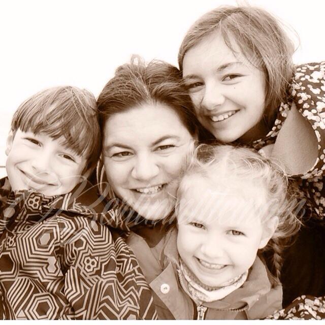 Vorbildfalle, Familienfoto, Berlinmittekids, Mehr Mut zum Ich