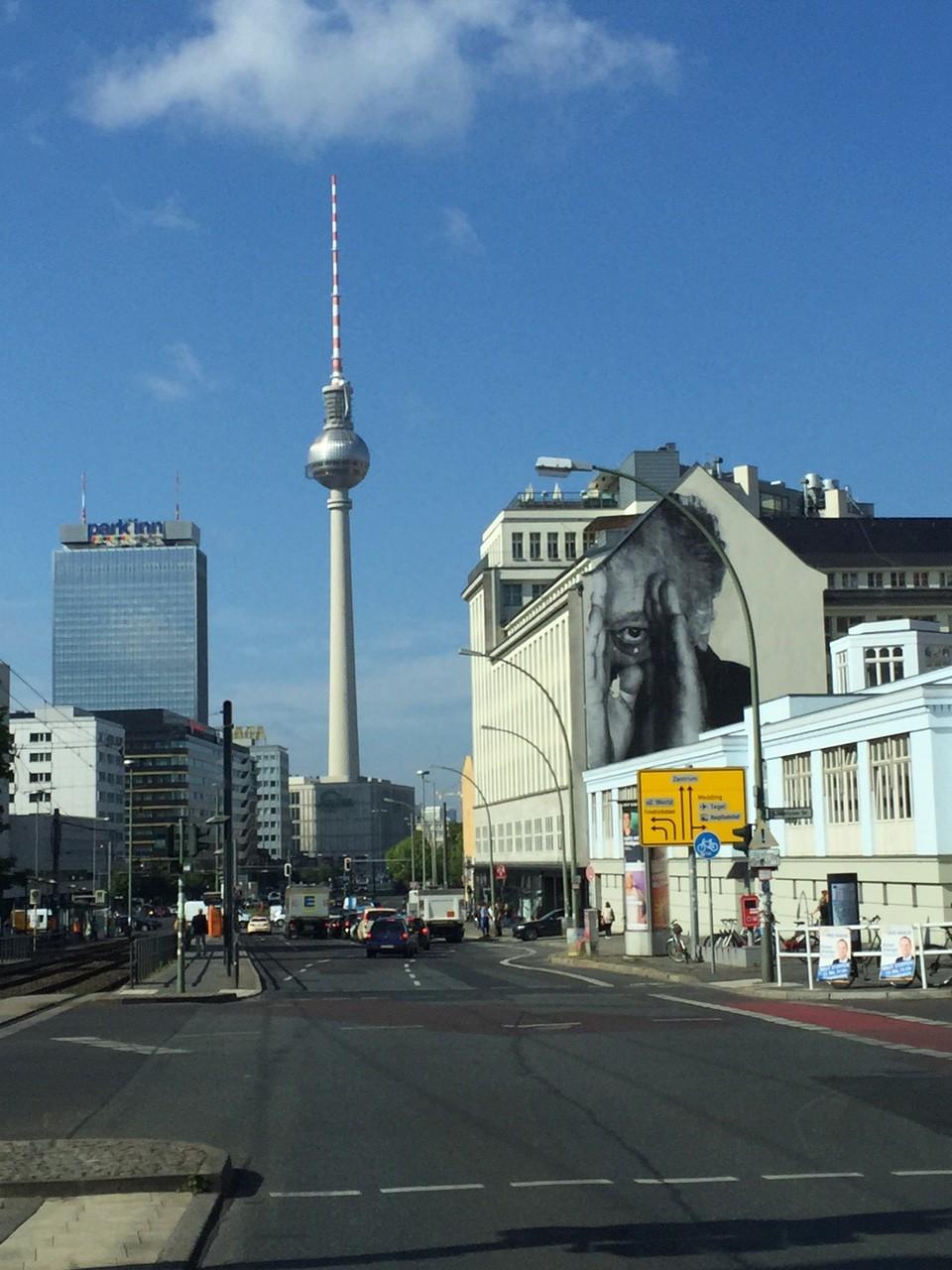Telesparge, TV Tower, Fernsehturm, Berlin Tipps mit Kindern, Soho House, Streetart, Mama Blog