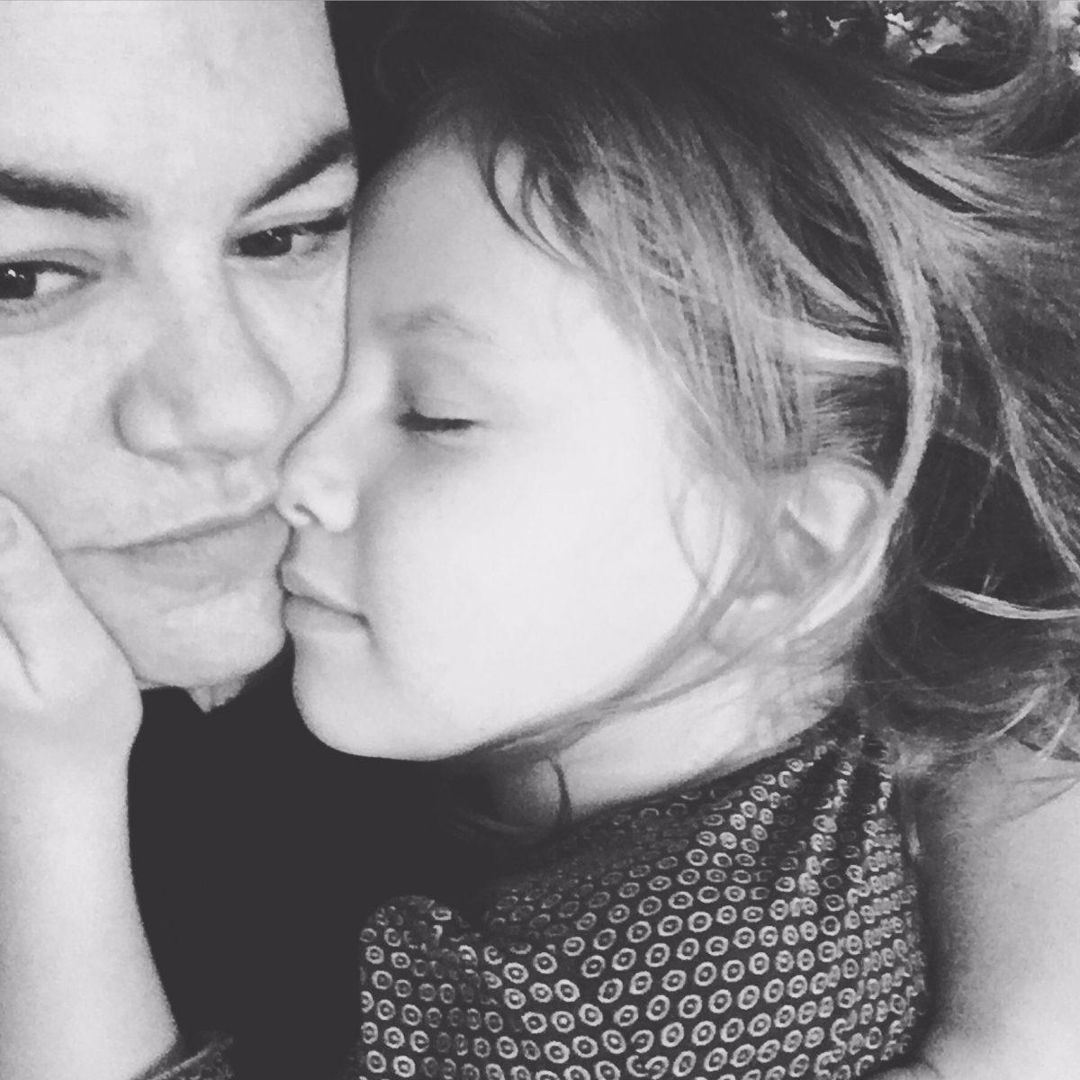 Wochenende in Bilder, Porträt, Mutter und Tochter, Mutterliebe