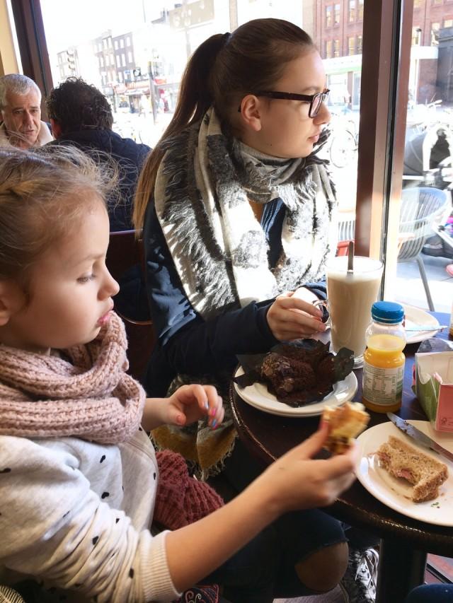 London mit Kindern, Berlinmittefamily, Reisen mit Kindern, Café, Städtetrip, Städtereise, Mamablog, Reiseblogger, Travelblogger