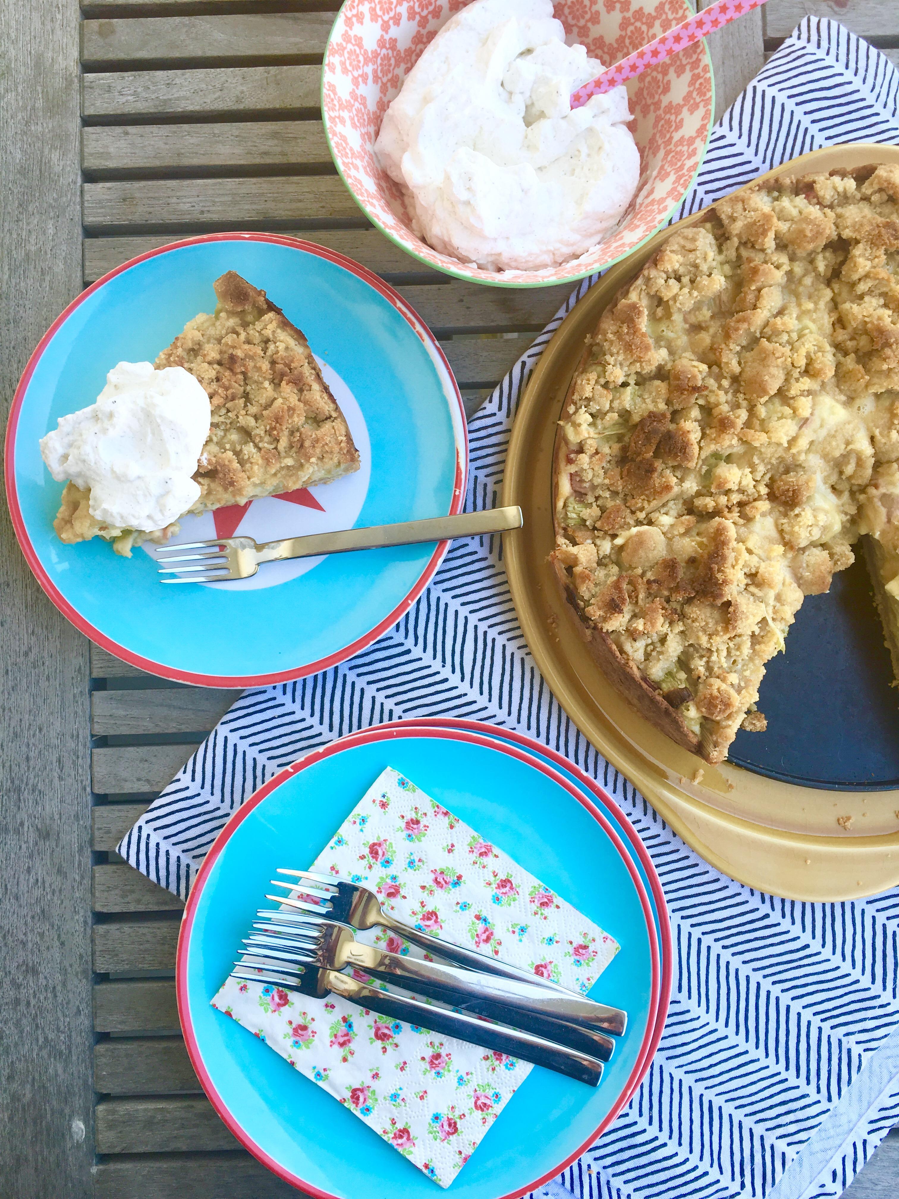 Rhabarberkuchen mit Streuseln, Rezept, Backen, Leben mit Kindern, Familienküche
