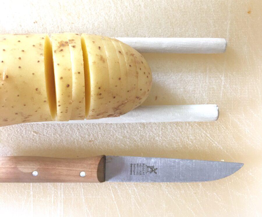 Fächerkartoffeln mit Käse, Hasslebackpotatoes, Kochen für Kinder, Gemüseküche, Familienrezept, einfach, simpel, gesund kochen für Kinder, Kochen mit Kindern, Rezept