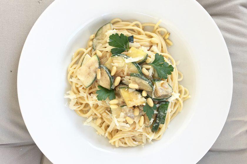 Freitagslieblinge, Pasta mit Zucchini, Gemüserezepte, Familienrezepte, Veggie, vegetarisch, mein Kind will Vegetarier sein