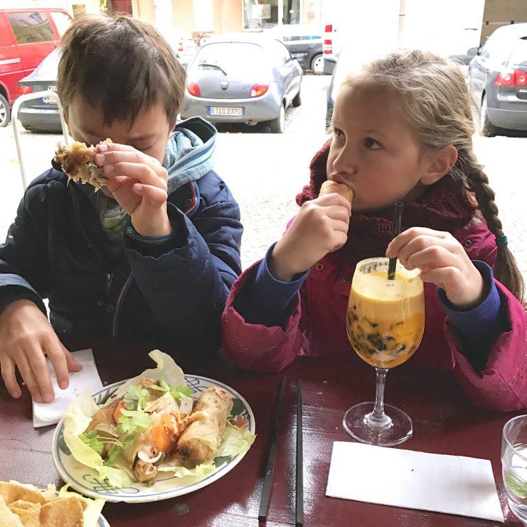 Freitagslieblinge, Lieblingsessen, Restaurant mit Kindern, Essen mit Kindern, Frühlingsrolle, Vietnamese, Berlin, Herbstferien, Ferienkinder