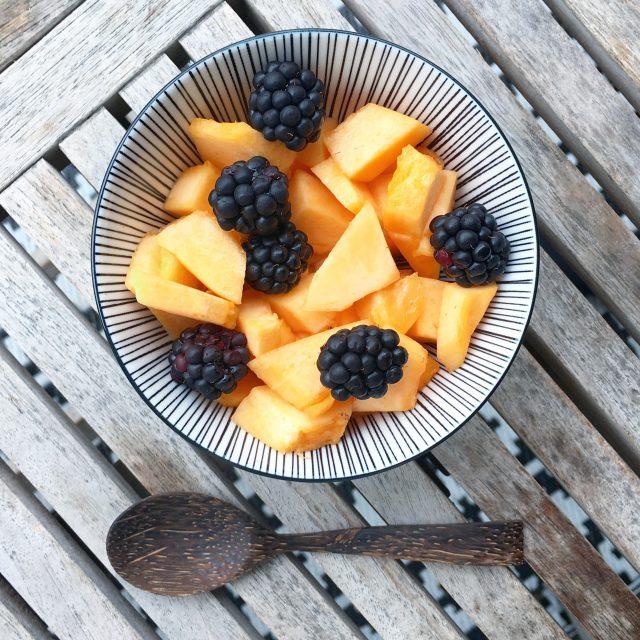 Krankes Kind zu Hause: Obst als Vitaminbooster