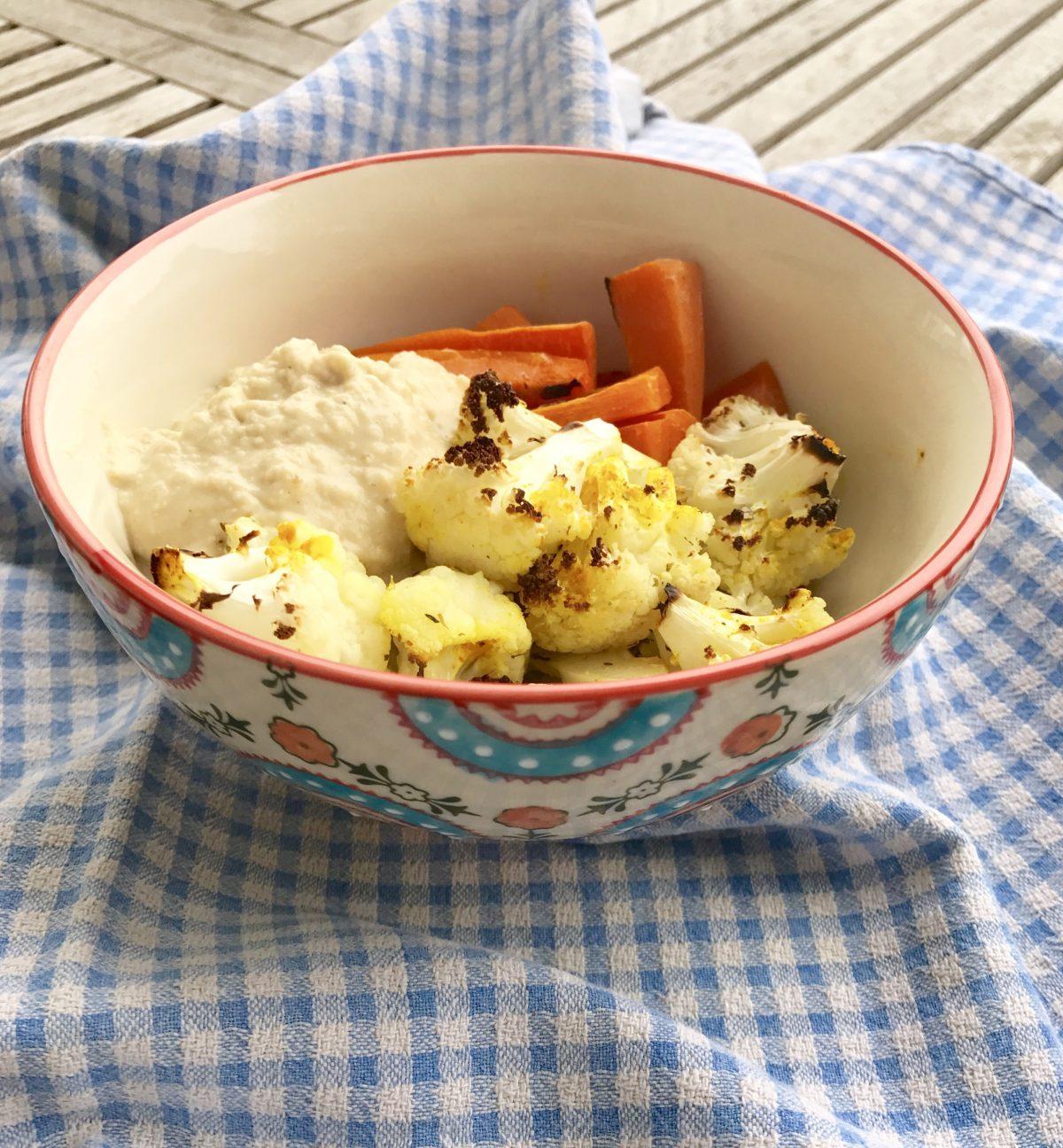 Vegan Und Kostlich Gerosteter Blumenkohl Mit Hummus