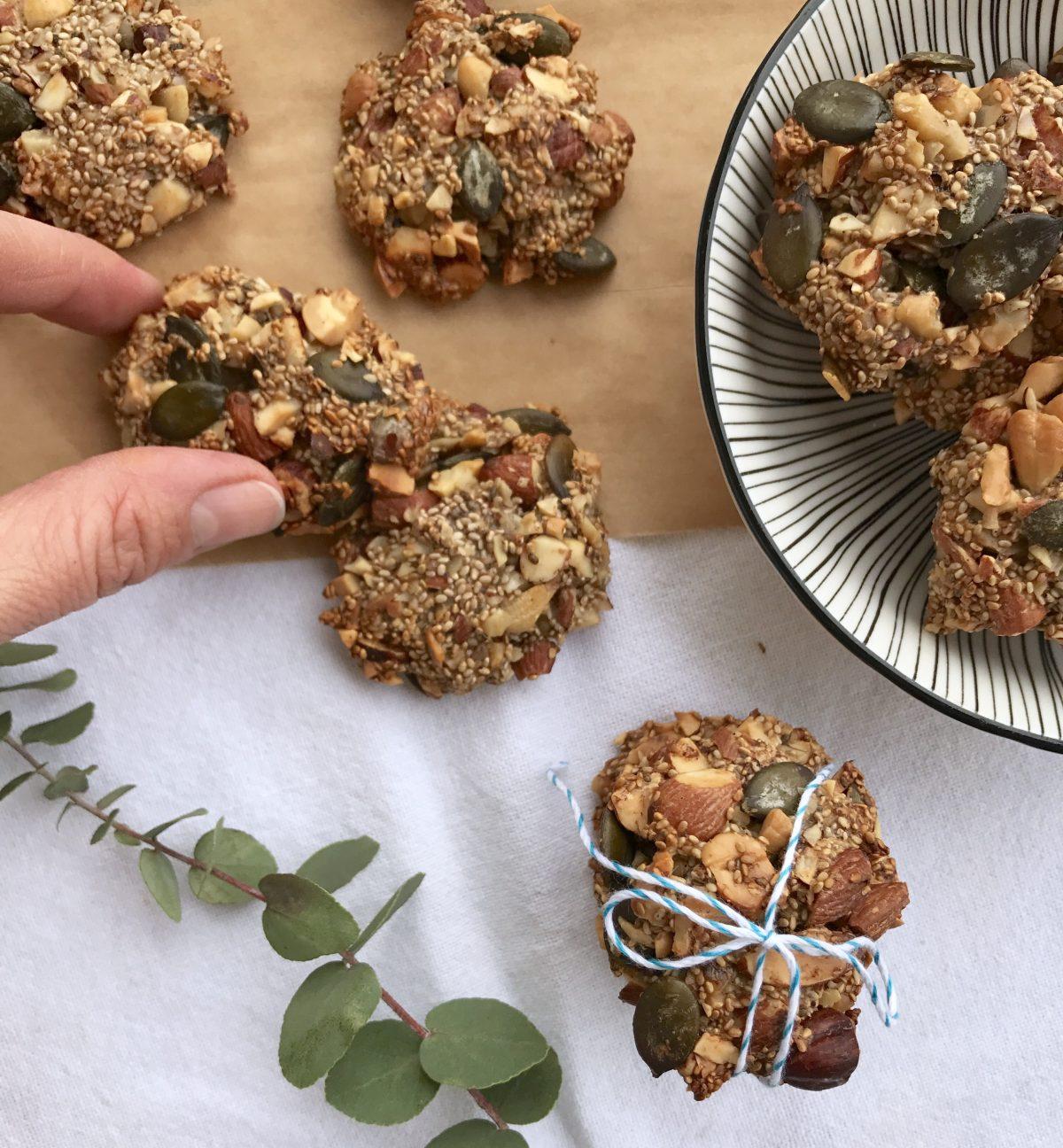 Vegane Müsli-Cracker mit Kürbiskernen | Berlinmittemom.com