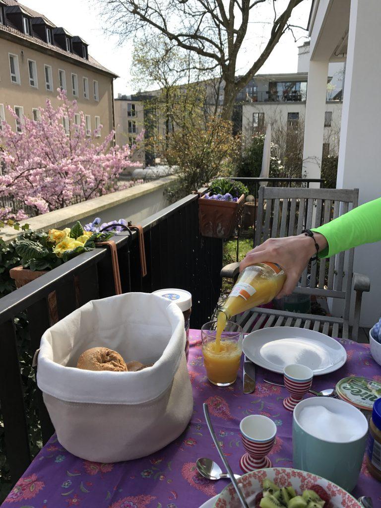 Balkonfrühstück | Berlinmittemom.com