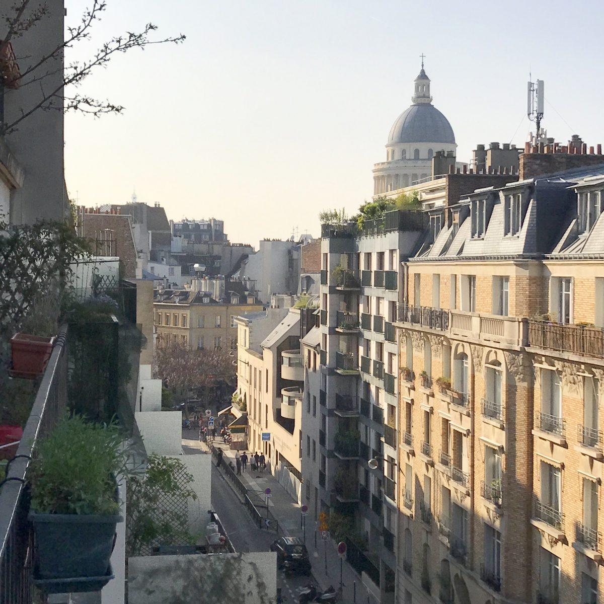 Über den Dächern von Paris | Berlinmittemom.com