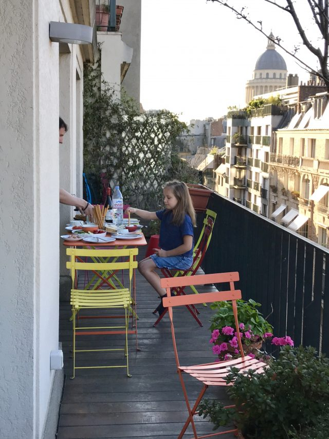 Balkondinner in Paris | Berlinmittemom.com