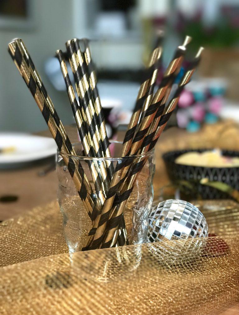 Tischdeko für den Rockstar Kindergeburtstag