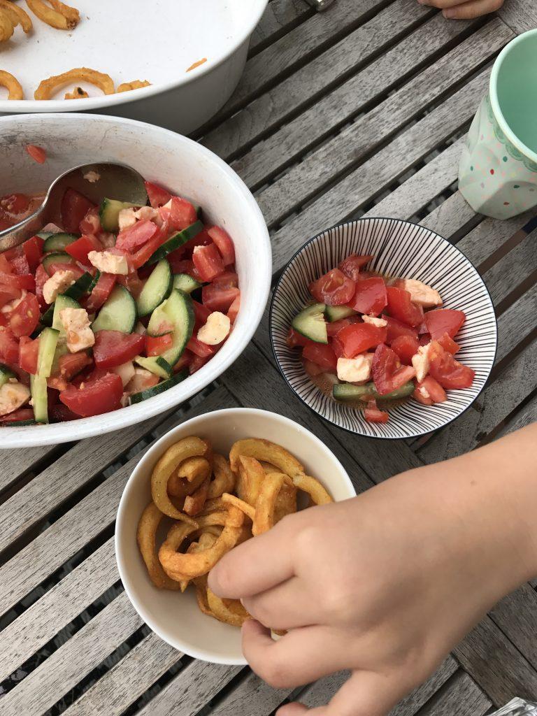 Freitagslieblinge: Tomaten-Gurken-Salat   Berlinmittemom.com