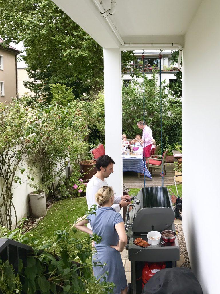 Grillen mit Freunden | Berlinmittemom.com