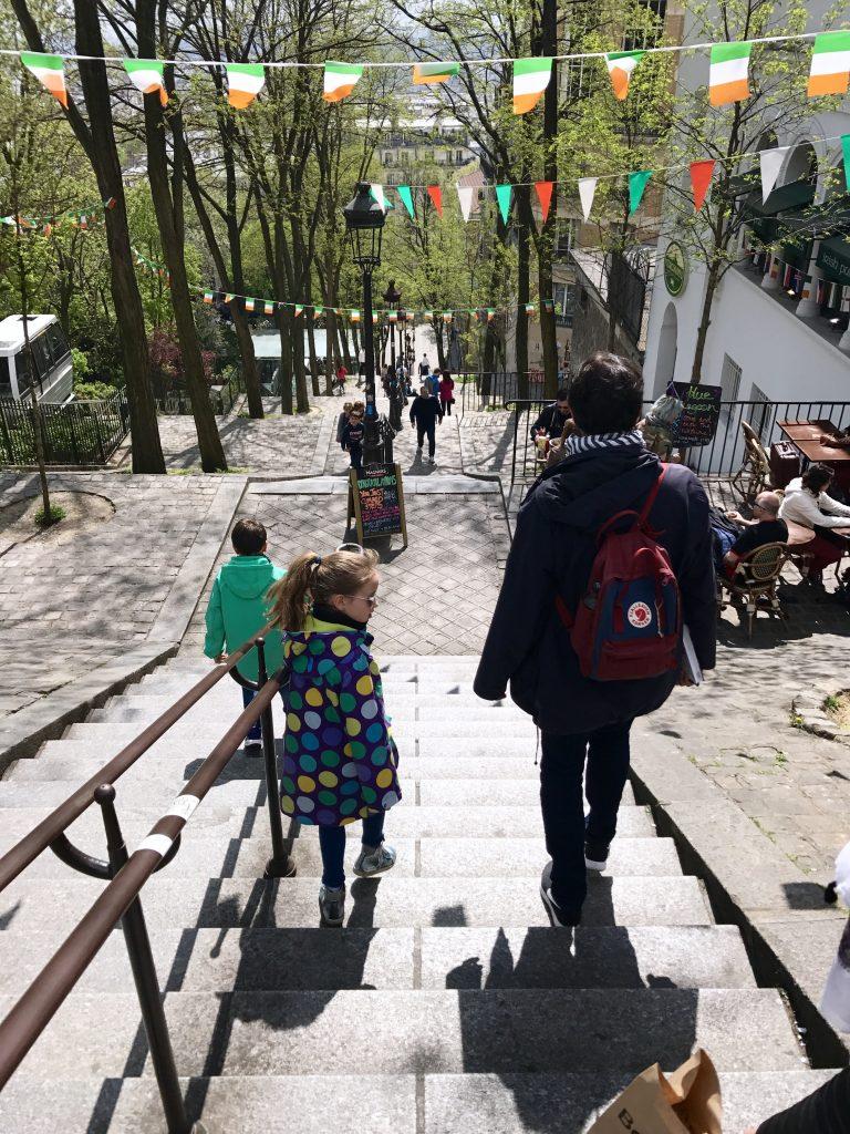 Treppen in Montmartre | Berlinmittemom.com