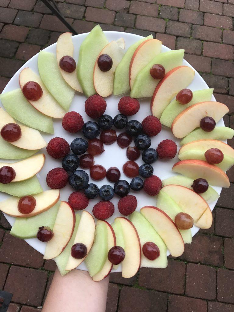 Obstmandala fürs Wochenende in Bildern
