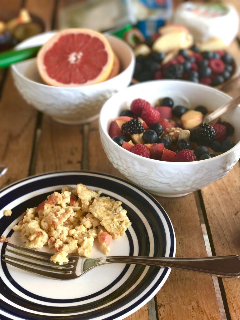 Ferienfrühstück: Eat like nobody's watching! | berlinmittemom.com