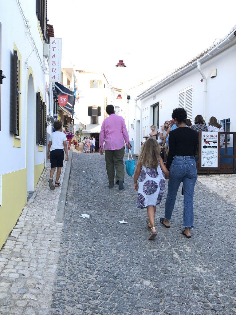 Salema, Faro | berlinmittemom.com