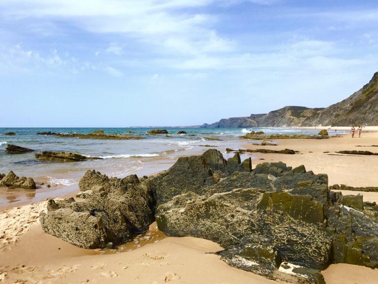 Praia Cordoama, Algarve | berlinmittemom.com