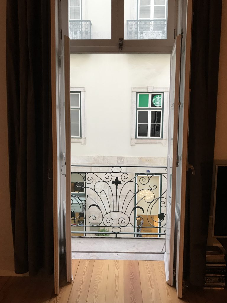 Lissabon, window | berlinmittemom.com