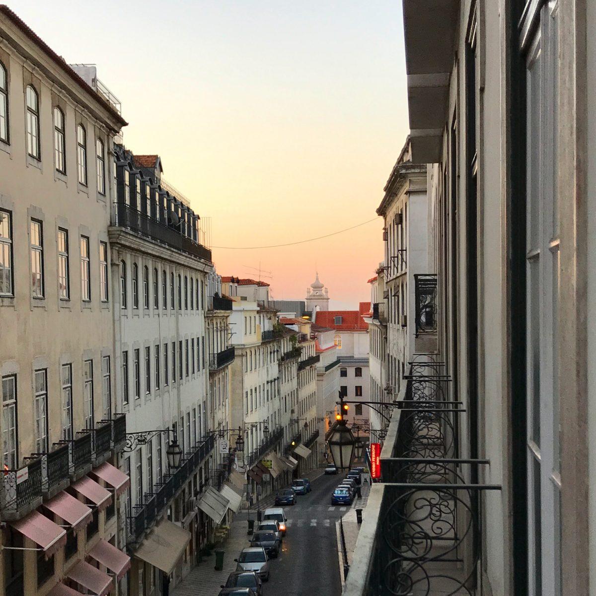 Morgenlicht in Lissabon | berlinmittemom.com