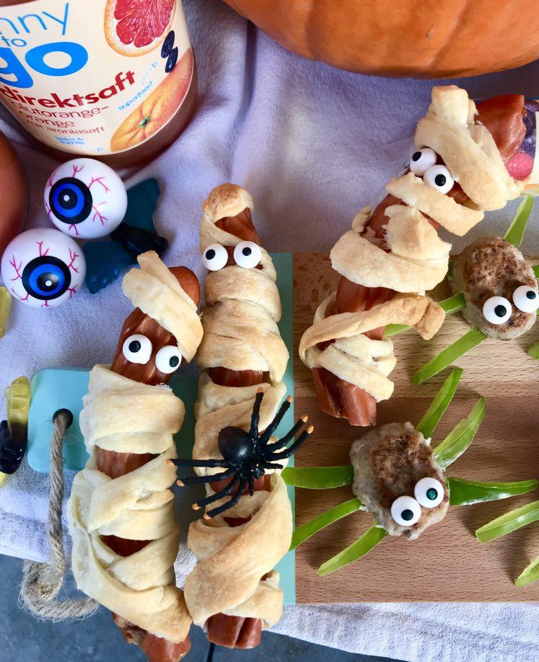 Halloween-Snacks: Würstchenmumien | berlinmittemom.com