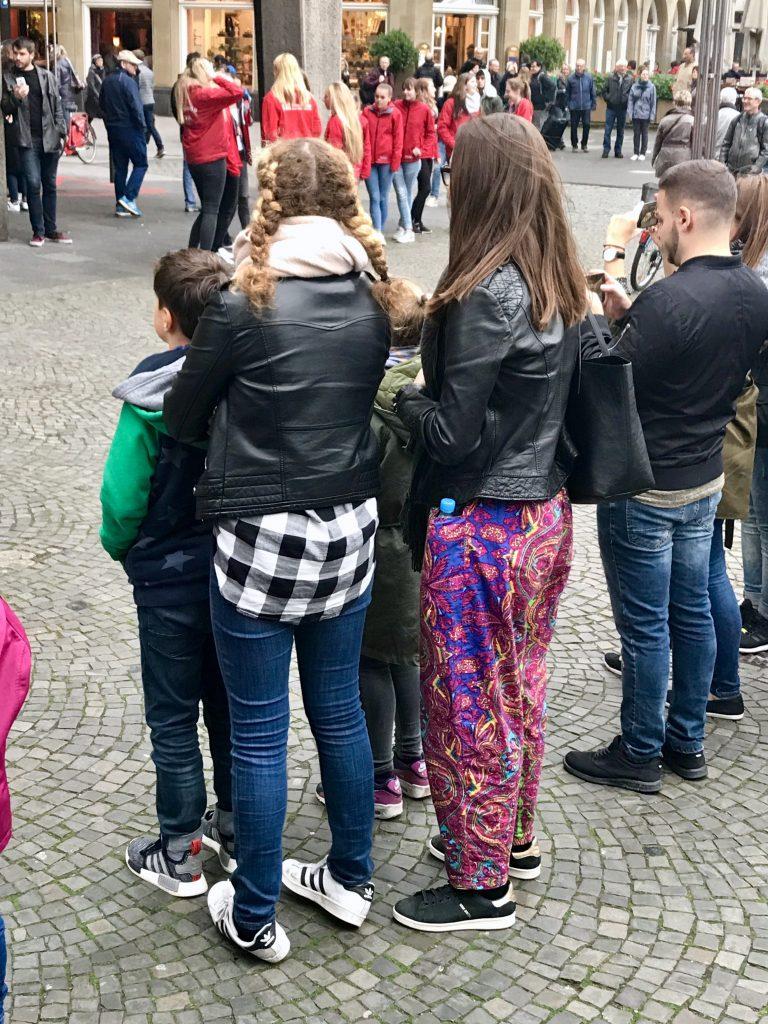 Sraßenmusik in Köln | berlinmittemom.com