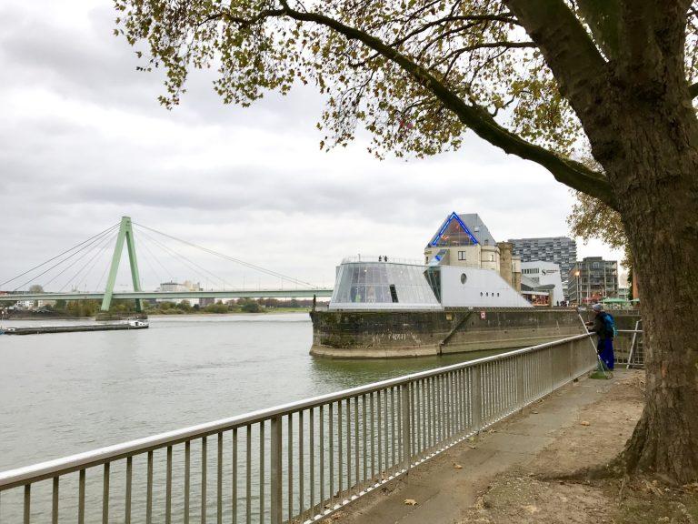 Rheinufer, Köln | berlinmittemom.com