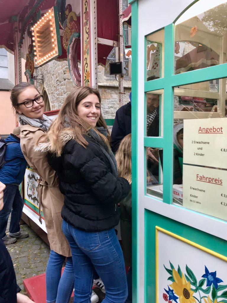 Karussell auf dem Martinimarkt | berlinmittemom.com