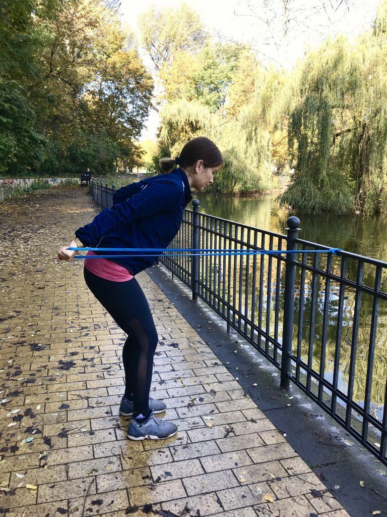 Kickback: Trizeps, Armstrecker | berlinmittemom.com