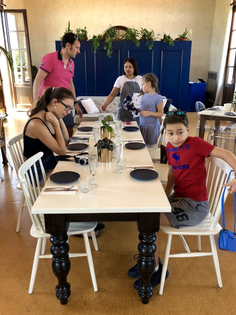 Rotorua mit Kindern: Pause im Social Room | berlinmittemom.com