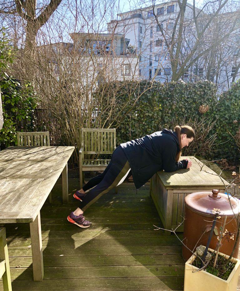 Fitness Kolumne: Plank | berlinmittemom.com