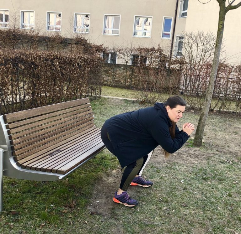 Squat. Fitnesskolumne Schwitzen & Schwätzen | berlinmittemom.com
