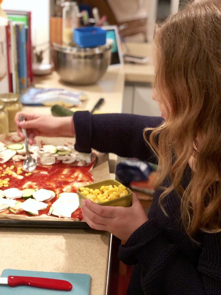 Pizza selber backen mit Kindern | berlinmittemom.com