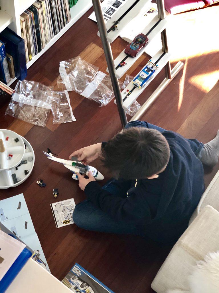 Lego bauen| berlinmittemom.com